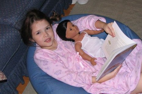 Shelby Reads to Josefina